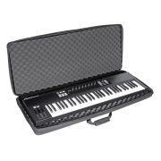 UDG U8307BL 61 Keyboard Hardcase Black